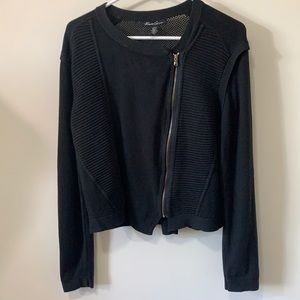 Kenneth Cole NewYork gorgeous sweater
